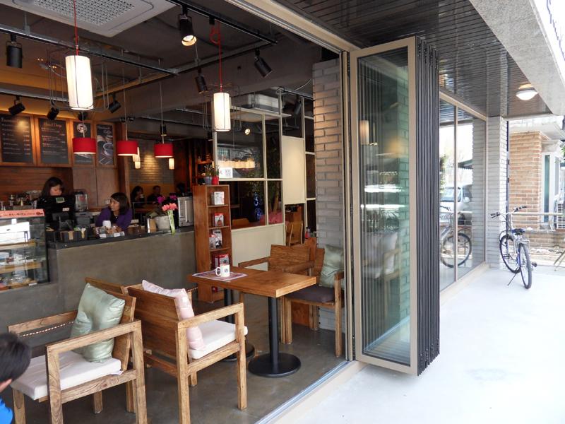 카페 일노브6.jpg